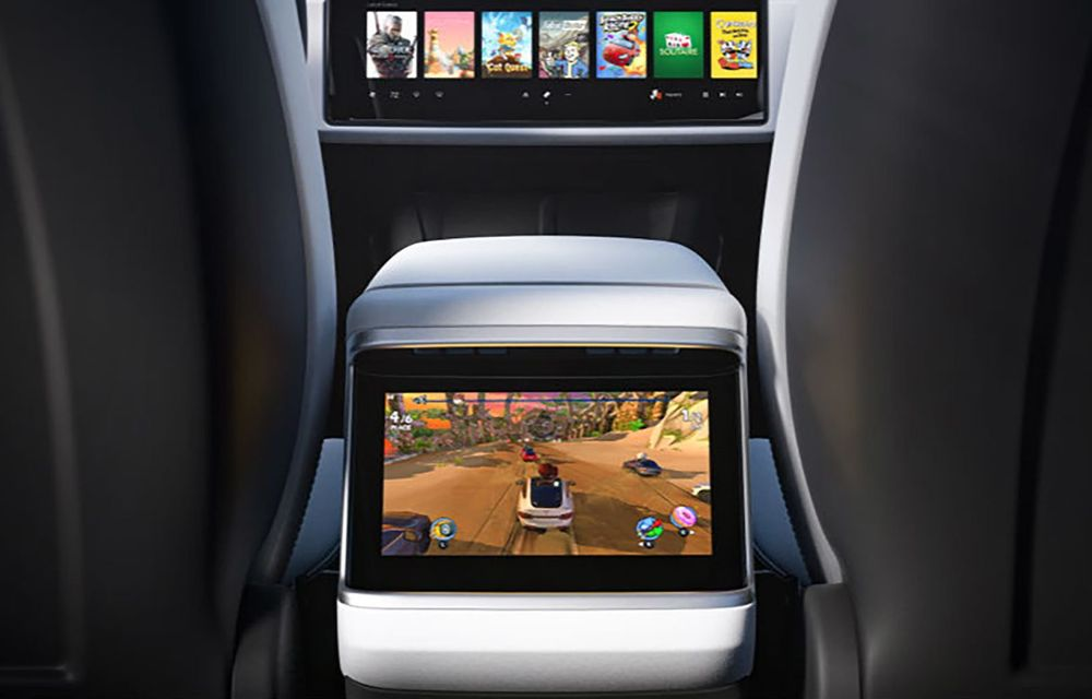 Tesla Model X facelift: până la 1020 CP și un volan care stârnește multe controverse - Poza 13