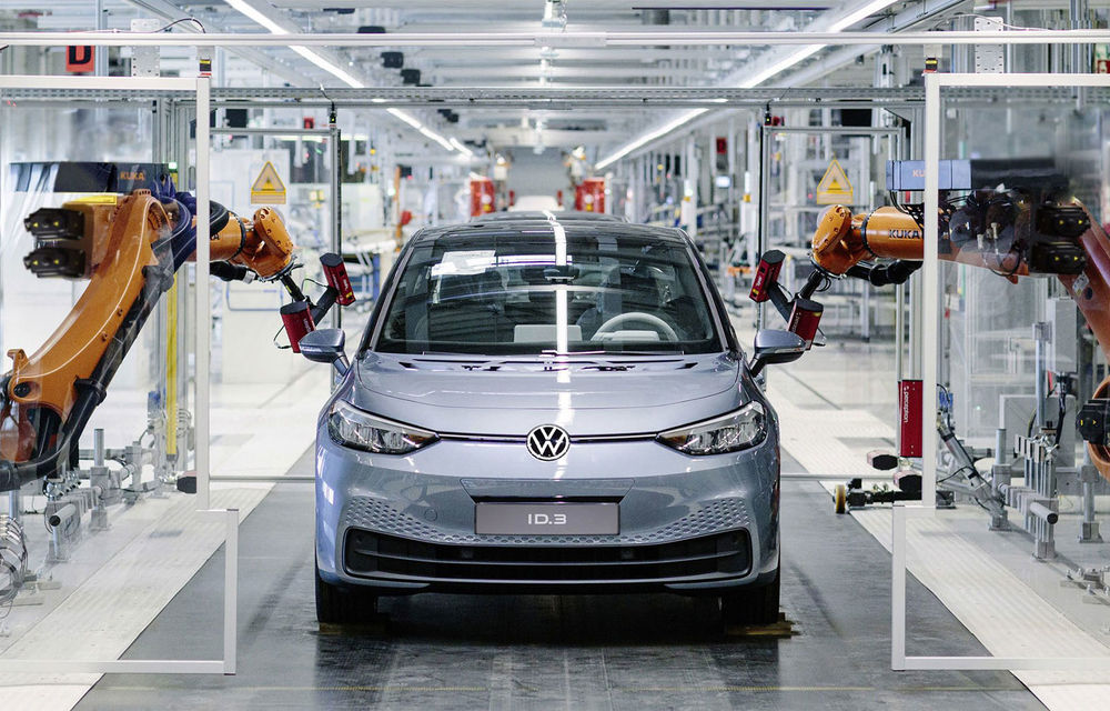 Volkswagen a inaugurat o fabrică de reciclare a bateriilor: litiul, nichelul, cobaltul vor putea fi refolosite pentru baterii noi - Poza 1