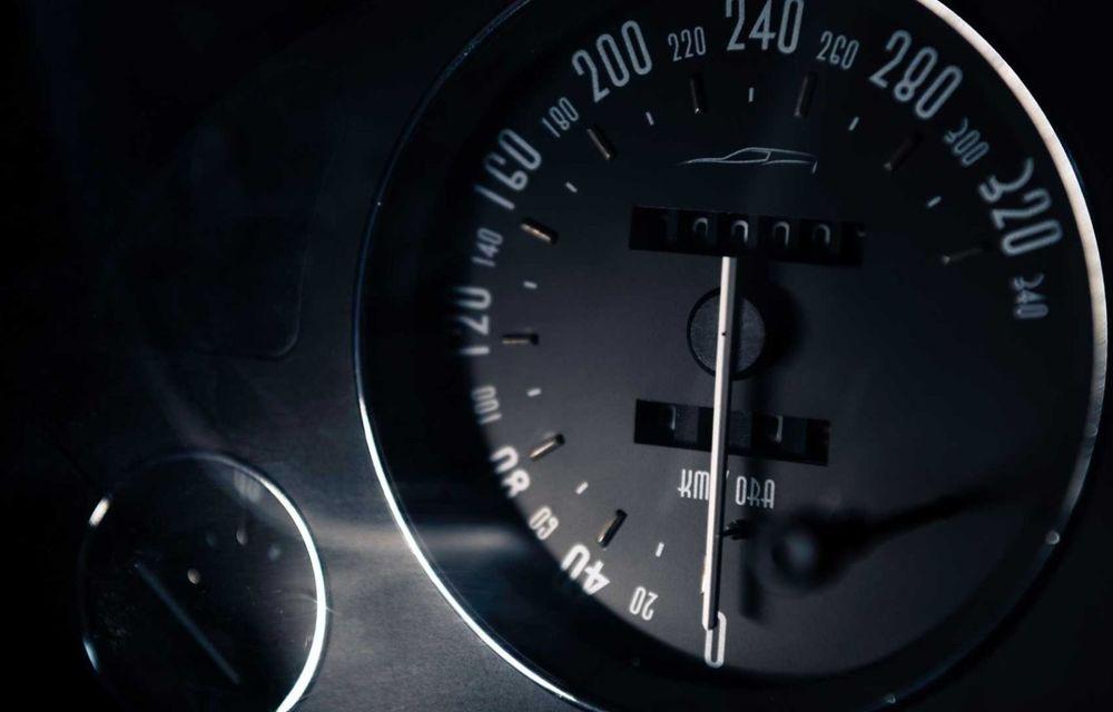"""Replica modernă a unui Ferrari din 1962, botezat """"mașina de pâine: Breadvan Hommage - Poza 12"""