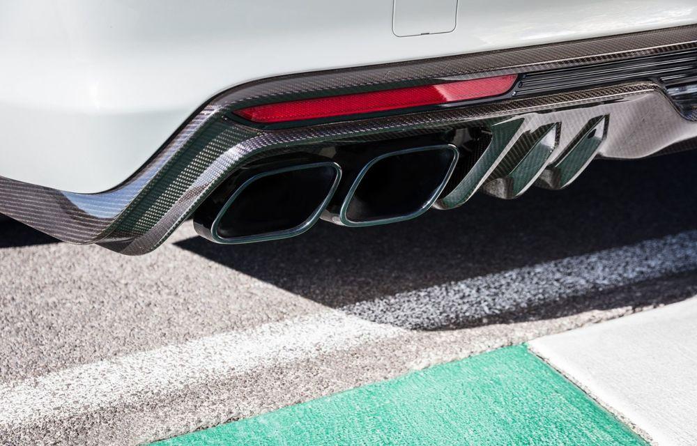 Cel mai puternic Cadillac din istorie are motor V8 asamblat manual și 677 de cai putere - Poza 5