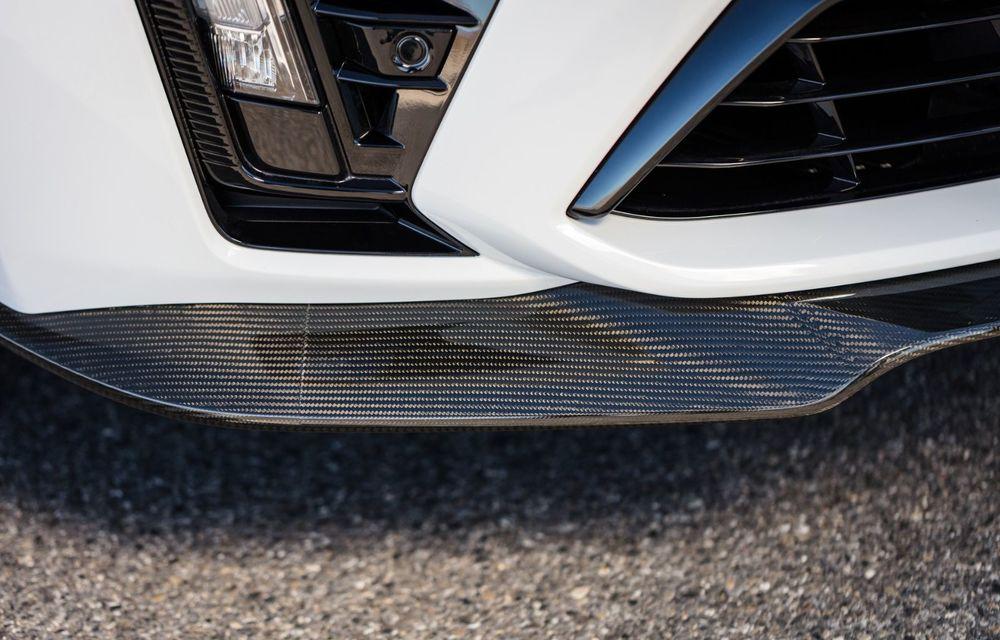 Cel mai puternic Cadillac din istorie are motor V8 asamblat manual și 677 de cai putere - Poza 8
