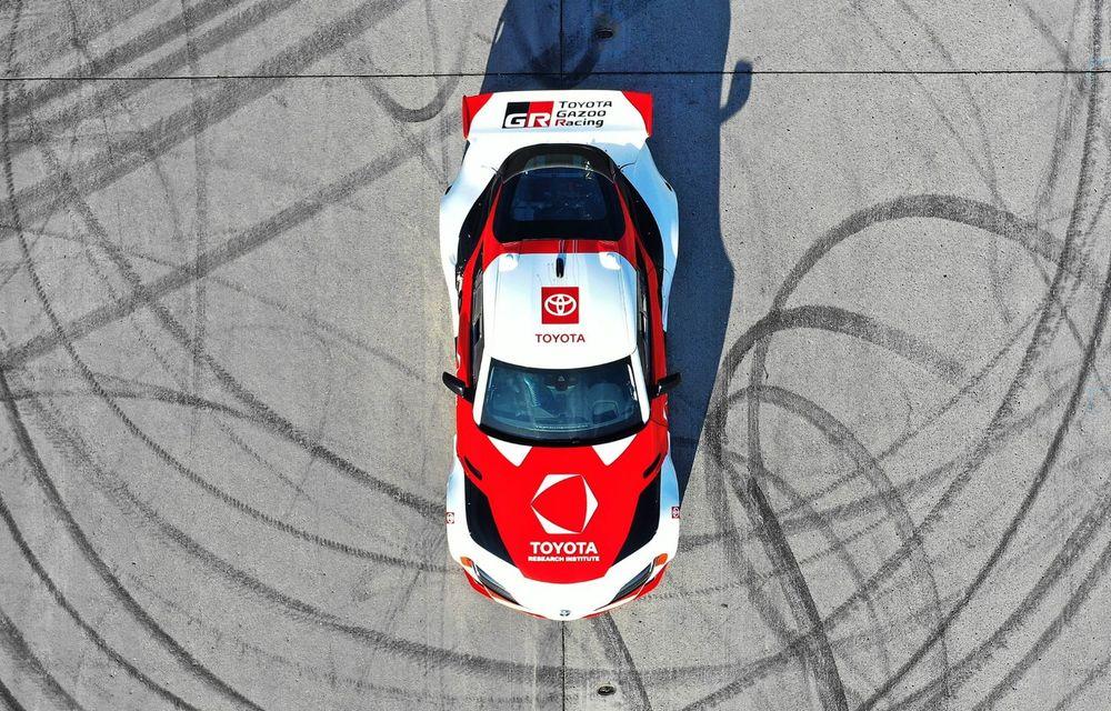 Toyota Supra, transformată într-o mașină complet autonomă care știe să facă și drifturi - Poza 3