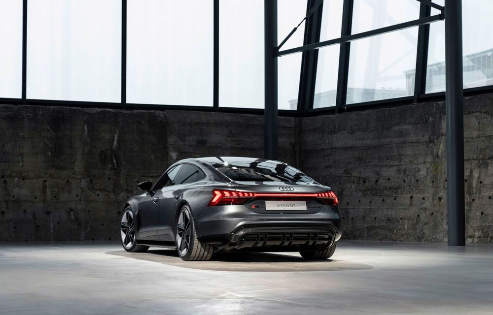 OFICIAL: Acesta este noul Audi e-tron GT, un supercar electric, frate cu Porsche Taycan - Poza 40