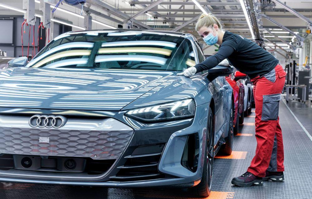 OFICIAL: Acesta este noul Audi e-tron GT, un supercar electric, frate cu Porsche Taycan - Poza 53