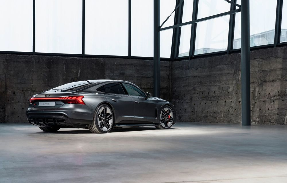 OFICIAL: Acesta este noul Audi e-tron GT, un supercar electric, frate cu Porsche Taycan - Poza 36