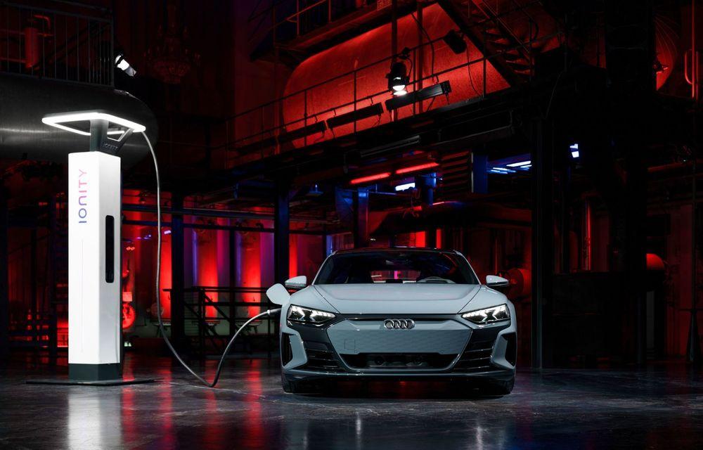 OFICIAL: Acesta este noul Audi e-tron GT, un supercar electric, frate cu Porsche Taycan - Poza 48