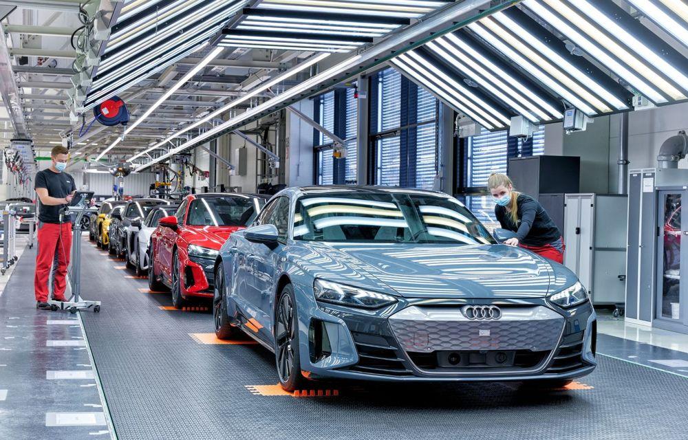 OFICIAL: Acesta este noul Audi e-tron GT, un supercar electric, frate cu Porsche Taycan - Poza 55