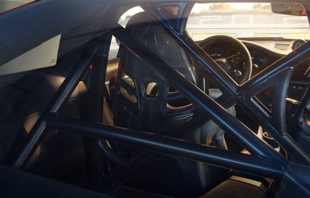 Noul Porsche 911 GT3 este aici: motor de 510 cai putere și apetit pentru circuit - Poza 10