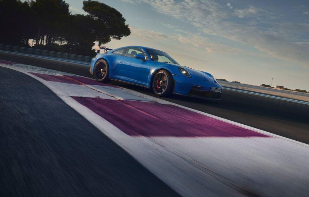 Noul Porsche 911 GT3 este aici: motor de 510 cai putere și apetit pentru circuit - Poza 22
