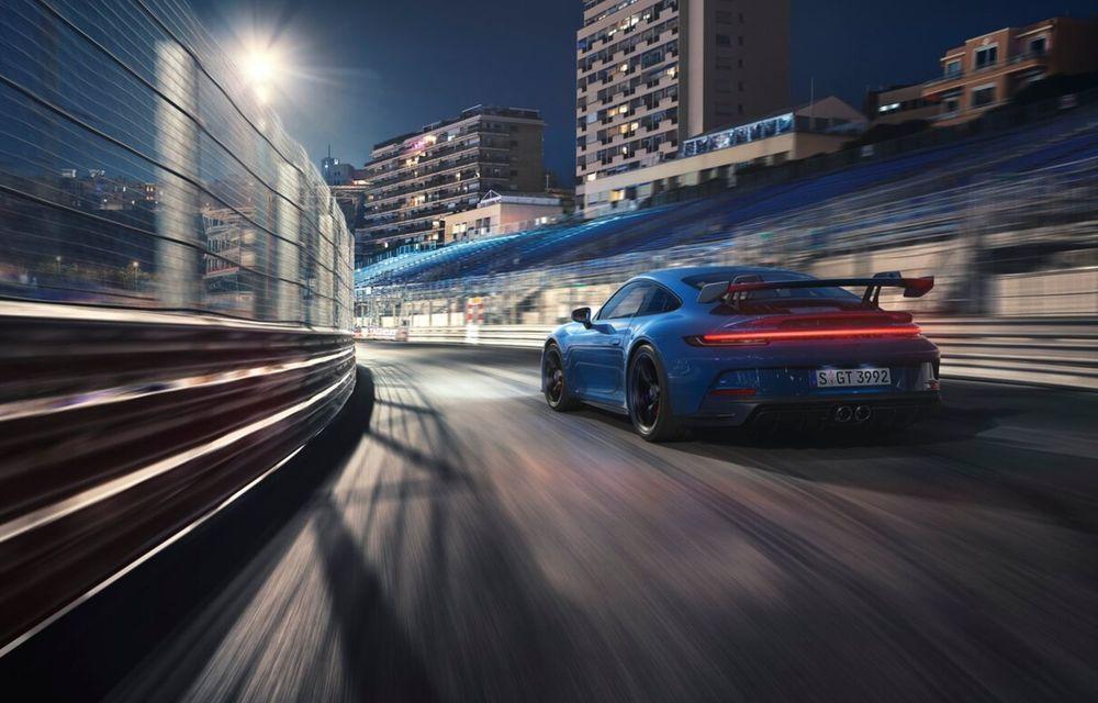 Noul Porsche 911 GT3 este aici: motor de 510 cai putere și apetit pentru circuit - Poza 15