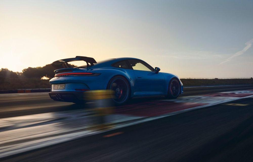 Noul Porsche 911 GT3 este aici: motor de 510 cai putere și apetit pentru circuit - Poza 21