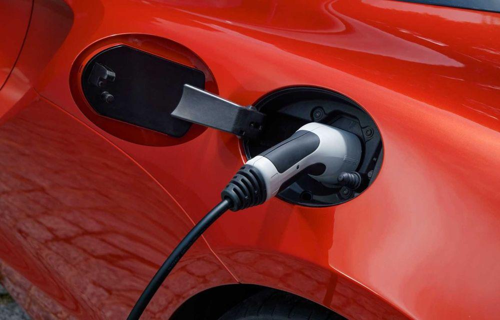 McLaren Artura: cel mai economic model din istoria englezilor vine cu motor hibrid și 671 de cai putere - Poza 37