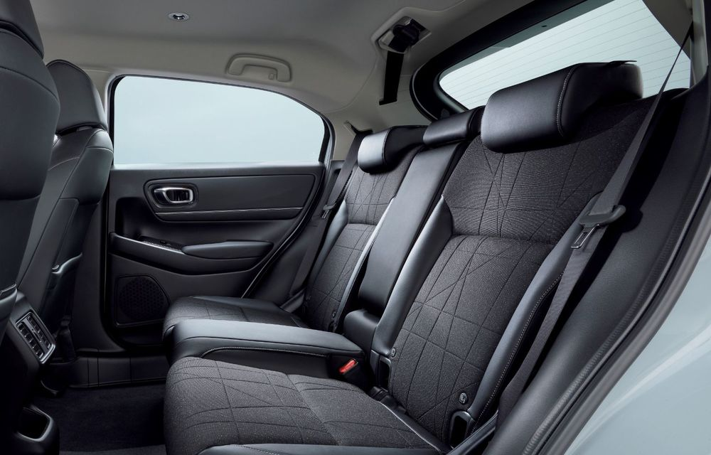 Noua generație Honda HR-V: micul SUV este disponibil doar cu un motor hibrid - Poza 6