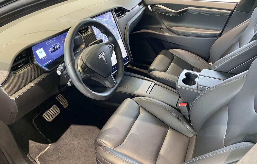 A fost inaugurat Teslounge, primul showroom dedicat exclusiv modelelor Tesla: detalii despre service și termene de livrare - Poza 7