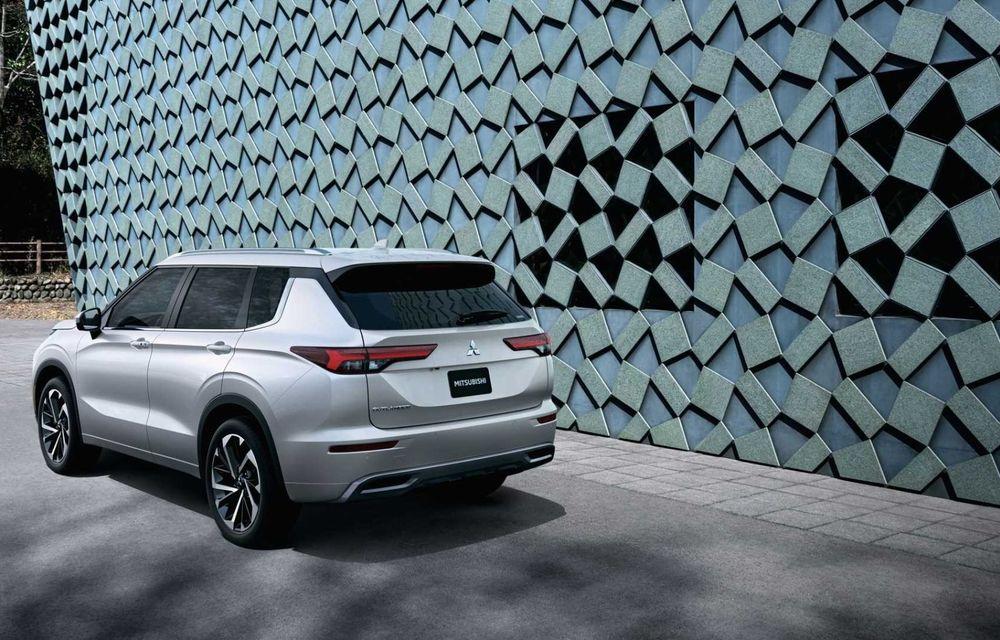Mitsubishi a lansat noul Outlander în SUA: design exterior modern și configurație cu 7 locuri - Poza 36