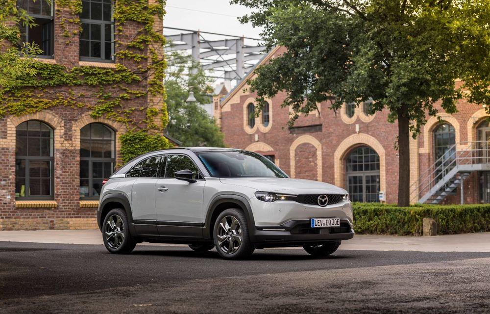 Mazda recheamă în service 12.000 de exemplare ale electricului MX-30, comercializate în Europa - Poza 1