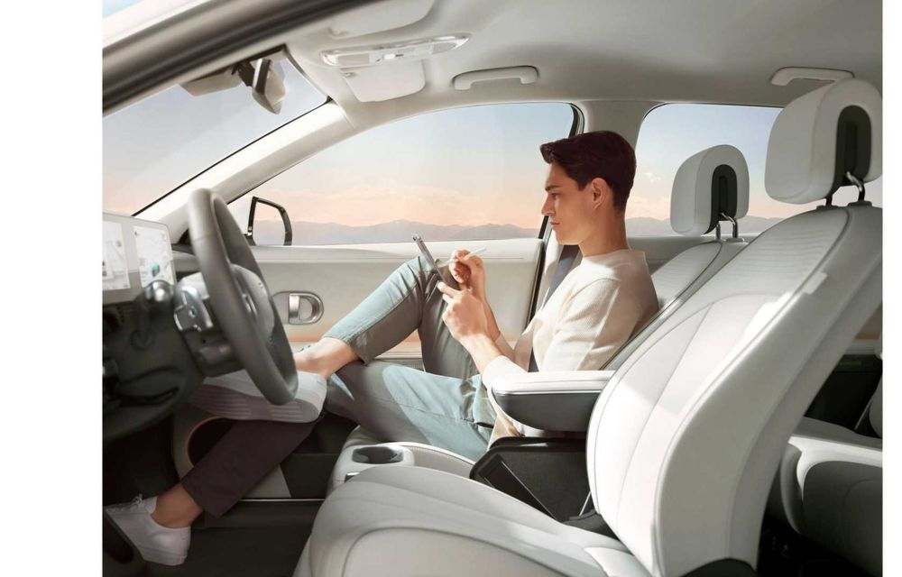 Hyundai a lansat noul Ioniq 5: SUV compact cu până la 306 CP și autonomie de 480 kilometri - Poza 23
