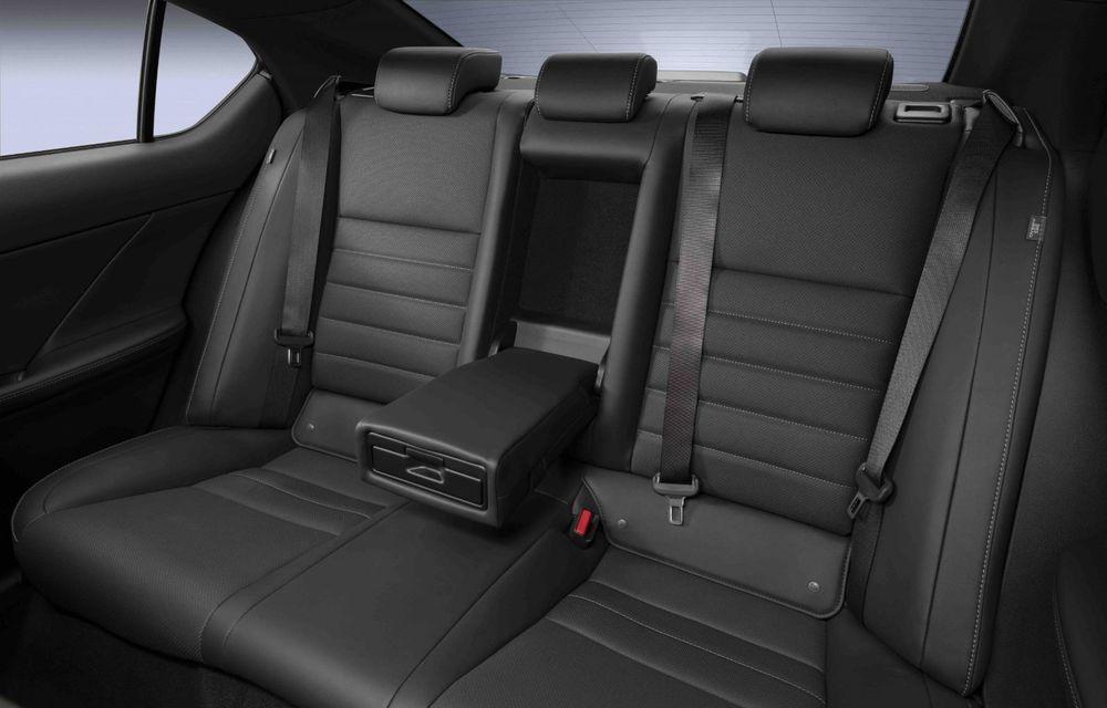Lexus prezintă noul IS 500 F Sport Performance: V8 de 5.0 litri și 479 de cai putere - Poza 21