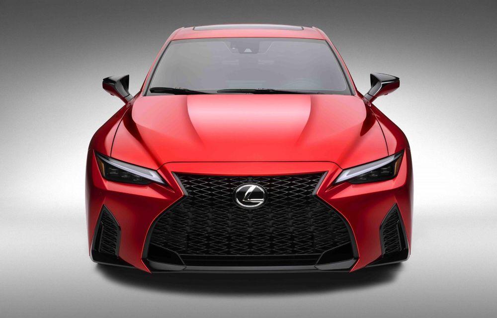 Lexus prezintă noul IS 500 F Sport Performance: V8 de 5.0 litri și 479 de cai putere - Poza 8