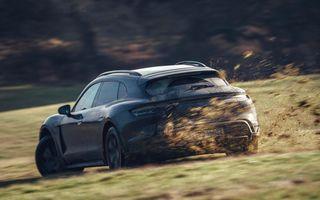 Prototipurile noului Porsche Taycan Cross Turismo au parcurs un milion de kilometri în teste
