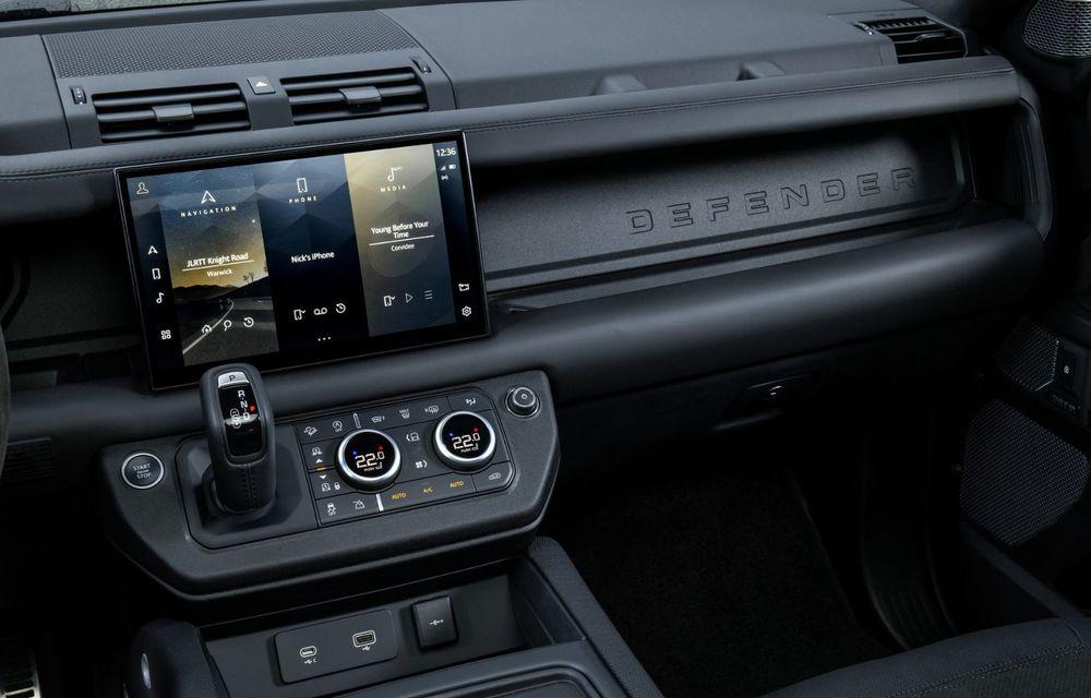 Land Rover Defender a primit un motor V8 supraalimentat. Unitatea dezvoltă 525 de cai putere - Poza 45