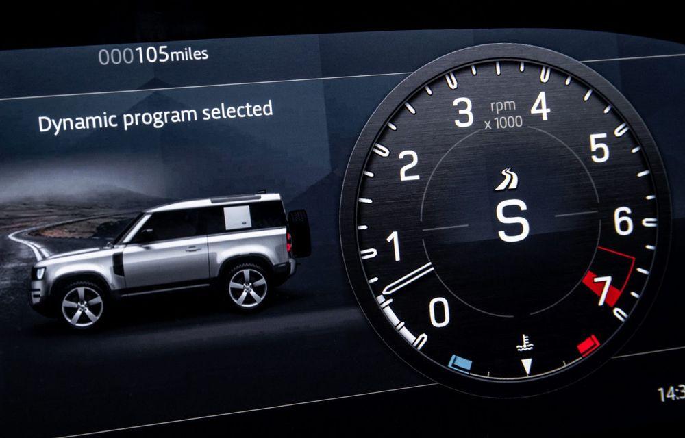 Land Rover Defender a primit un motor V8 supraalimentat. Unitatea dezvoltă 525 de cai putere - Poza 49
