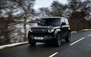 Land Rover Defender a primit un motor V8 supraalimentat. Unitatea dezvoltă 525 de cai putere