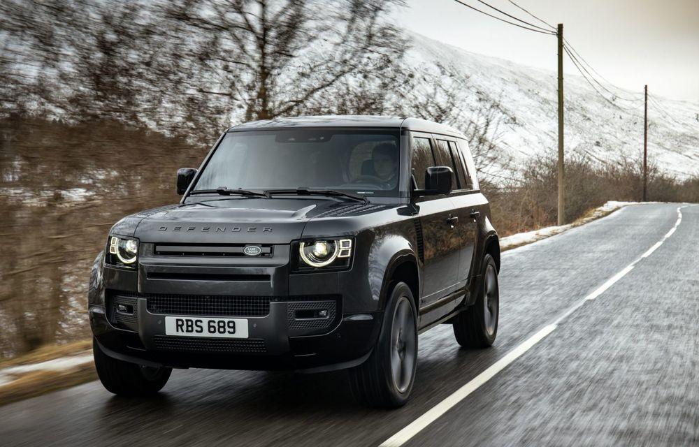 Land Rover Defender a primit un motor V8 supraalimentat. Unitatea dezvoltă 525 de cai putere - Poza 14