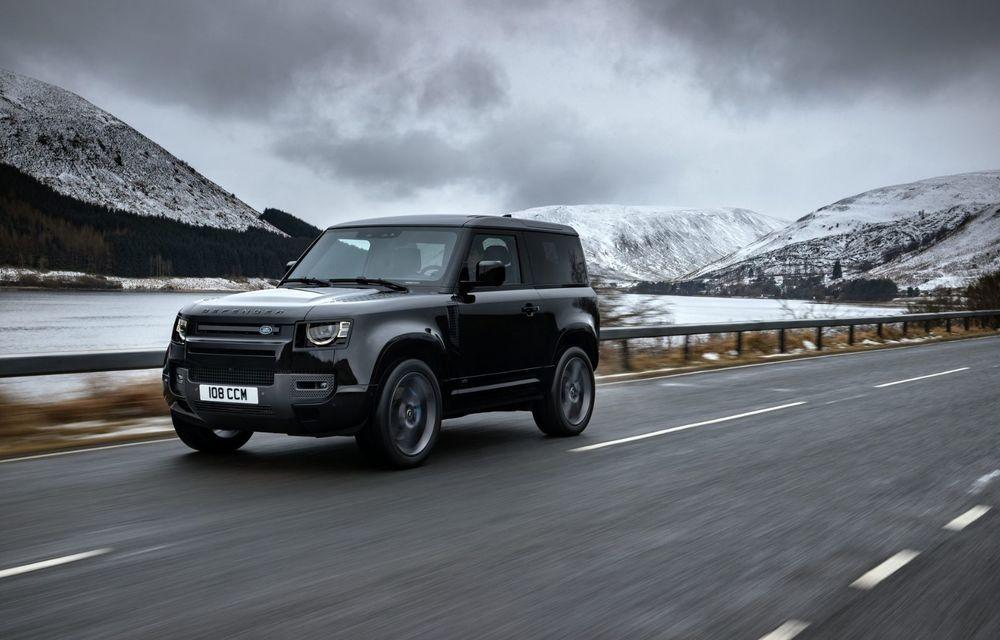 Land Rover Defender a primit un motor V8 supraalimentat. Unitatea dezvoltă 525 de cai putere - Poza 36