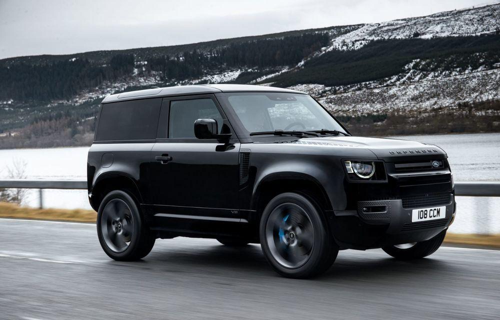 Land Rover Defender a primit un motor V8 supraalimentat. Unitatea dezvoltă 525 de cai putere - Poza 21