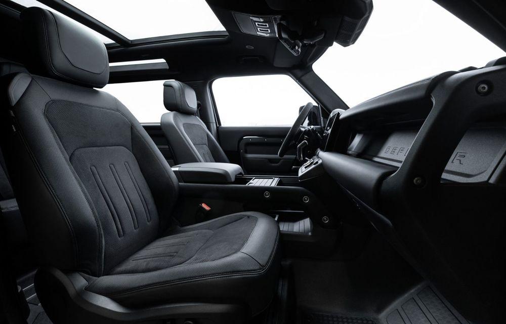 Land Rover Defender a primit un motor V8 supraalimentat. Unitatea dezvoltă 525 de cai putere - Poza 46