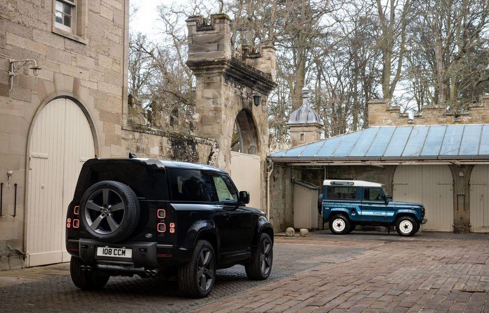 Land Rover Defender a primit un motor V8 supraalimentat. Unitatea dezvoltă 525 de cai putere - Poza 6