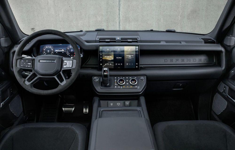 Land Rover Defender a primit un motor V8 supraalimentat. Unitatea dezvoltă 525 de cai putere - Poza 44
