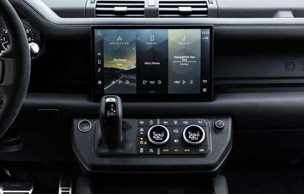 Land Rover Defender a primit un motor V8 supraalimentat. Unitatea dezvoltă 525 de cai putere - Poza 47