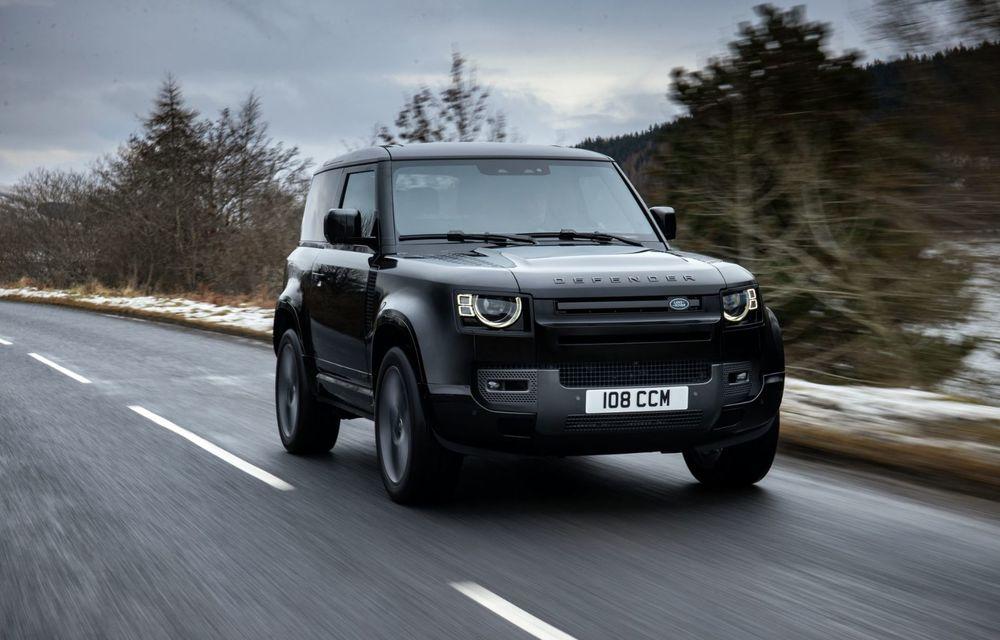 Land Rover Defender a primit un motor V8 supraalimentat. Unitatea dezvoltă 525 de cai putere - Poza 37