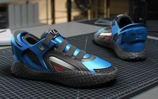 Designul lui Lexus IS F Sport a dat naștere unor pantofi sport, unici în lume