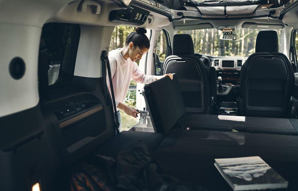 Noul Opel Zafira Life Crosscamp este o autorulotă: are chicinetă la bord și trei paturi - Poza 6