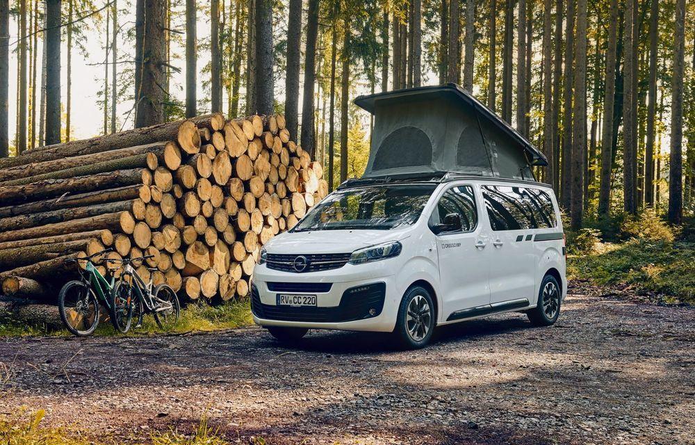 Noul Opel Zafira Life Crosscamp este o autorulotă: are chicinetă la bord și trei paturi - Poza 1