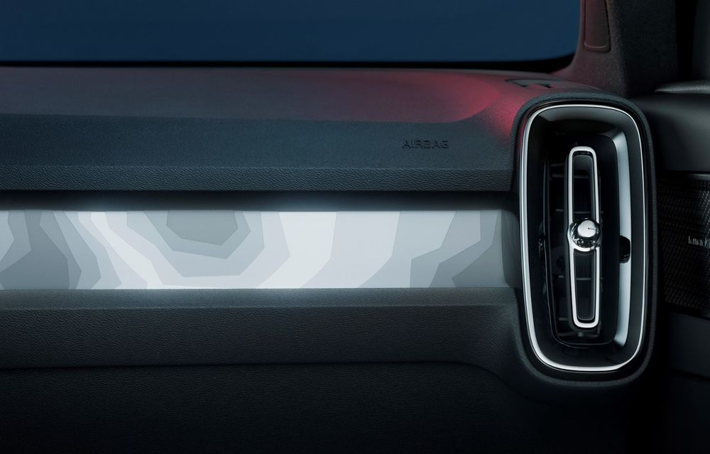 Noul Volvo C40 Recharge: SUV coupe 100% electric cu autonomie de 420 de kilometri - Poza 31