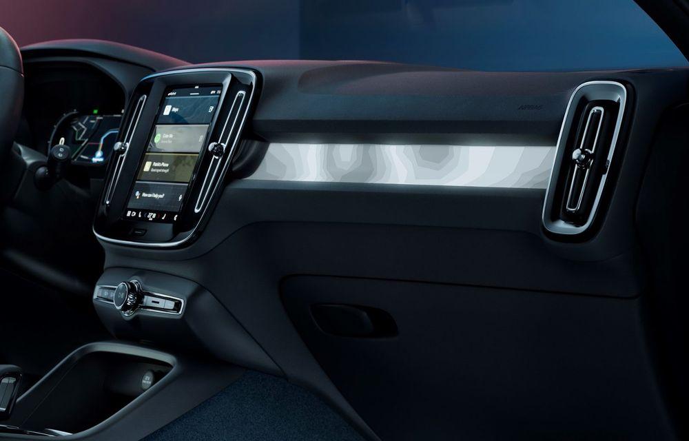 Noul Volvo C40 Recharge: SUV coupe 100% electric cu autonomie de 420 de kilometri - Poza 35