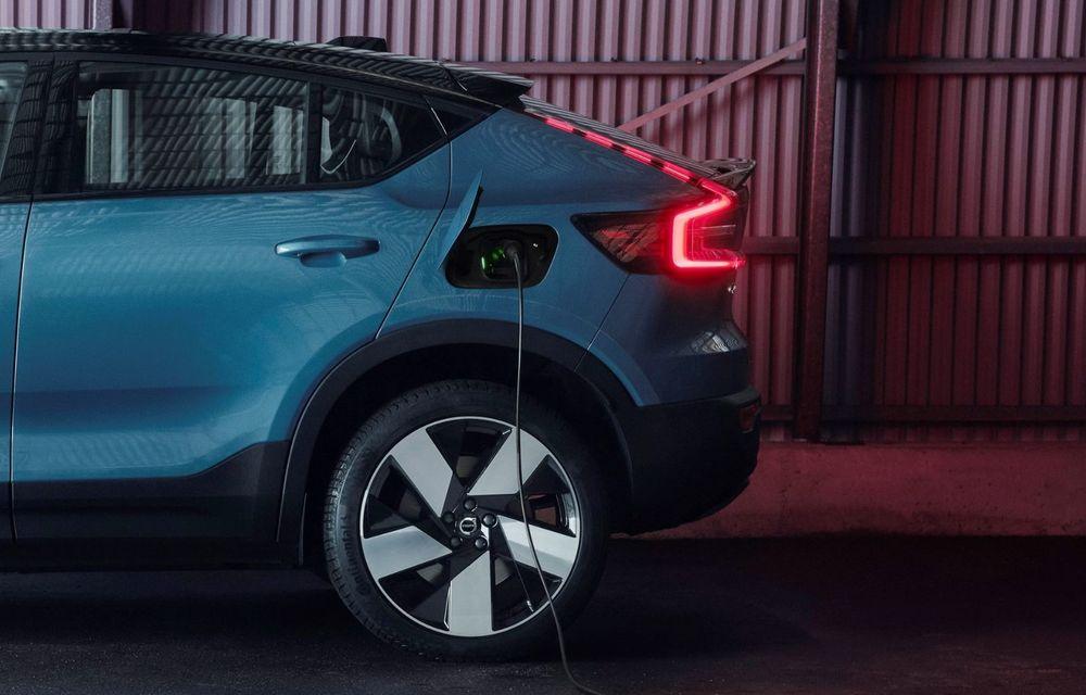 Noul Volvo C40 Recharge: SUV coupe 100% electric cu autonomie de 420 de kilometri - Poza 16