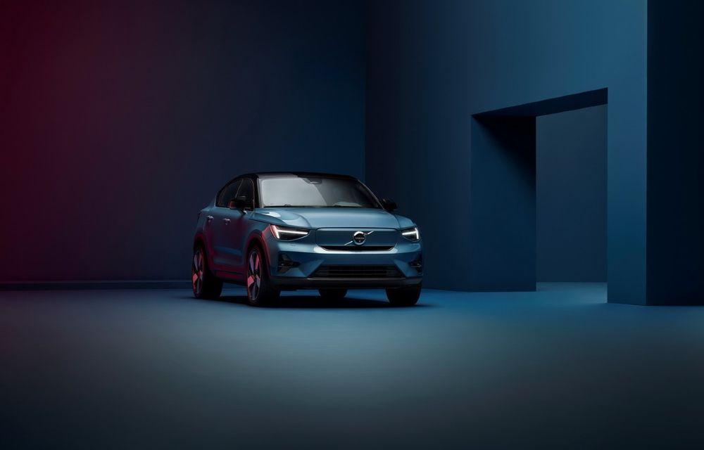Noul Volvo C40 Recharge: SUV coupe 100% electric cu autonomie de 420 de kilometri - Poza 1