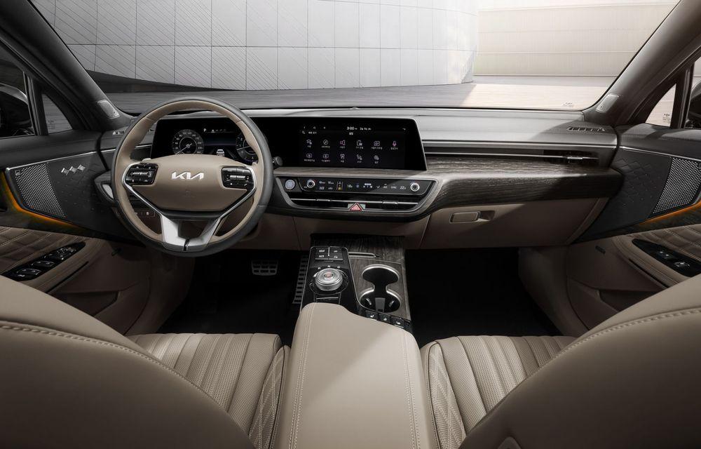 Primele imagini cu interiorul celui mai luxos Kia: modelul K8 este un sedan de care nu se vor bucura și europenii - Poza 2