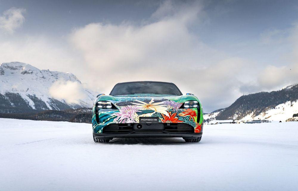 După BMW, și Porsche dă naștere unui Art Car: acest Taycan 4S unic va fi scos la licitație - Poza 6