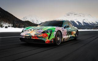 După BMW, și Porsche dă naștere unui Art Car: acest Taycan 4S unic va fi scos la licitație