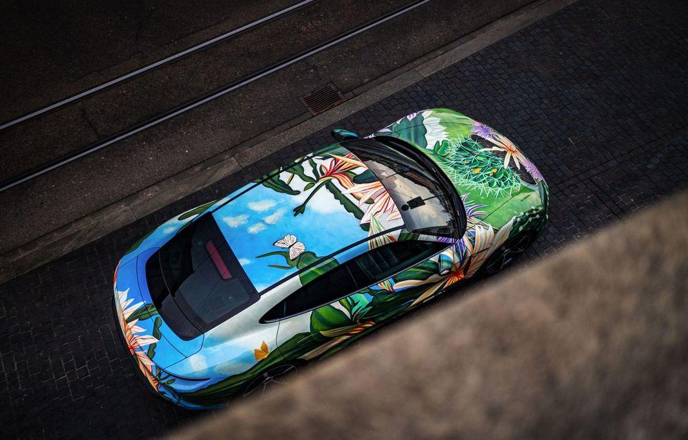 După BMW, și Porsche dă naștere unui Art Car: acest Taycan 4S unic va fi scos la licitație - Poza 10