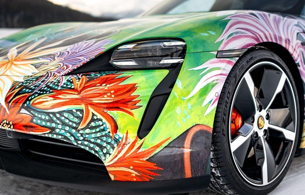 După BMW, și Porsche dă naștere unui Art Car: acest Taycan 4S unic va fi scos la licitație - Poza 13