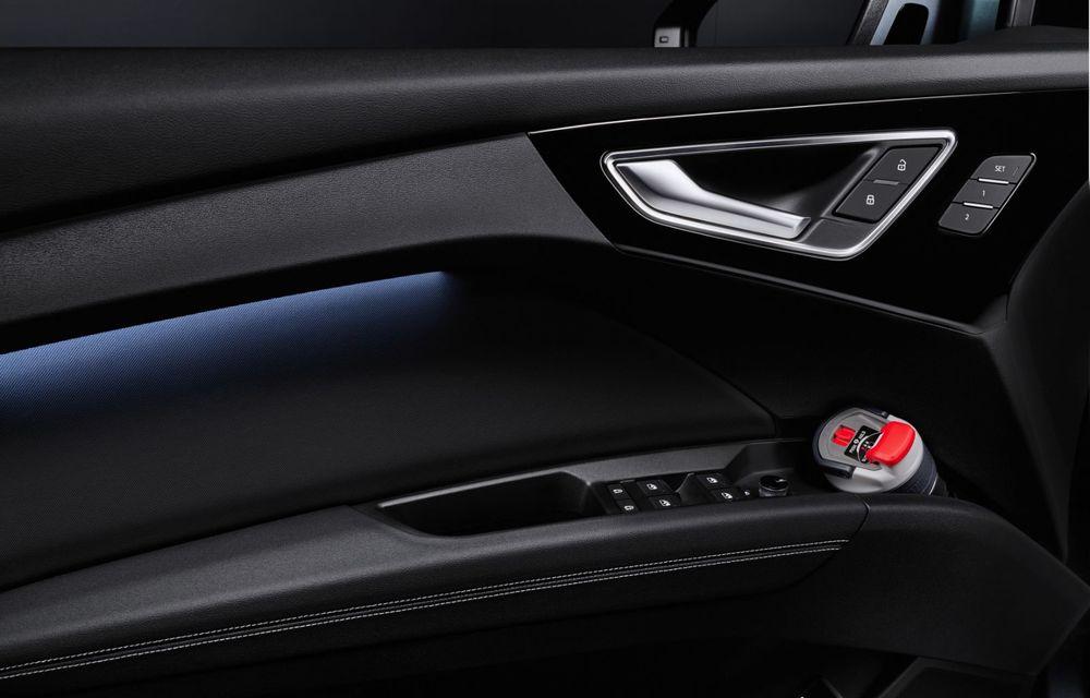 Audi Q4 e-tron: primele imagini și informații din interiorul SUV-ului electric - Poza 15