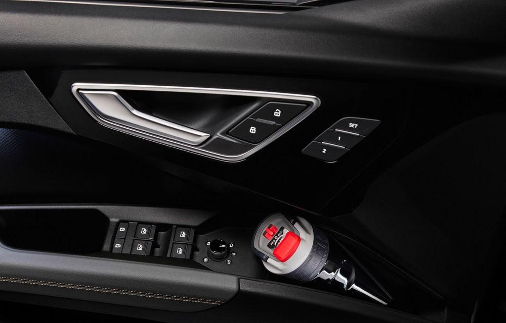 Audi Q4 e-tron: primele imagini și informații din interiorul SUV-ului electric - Poza 17