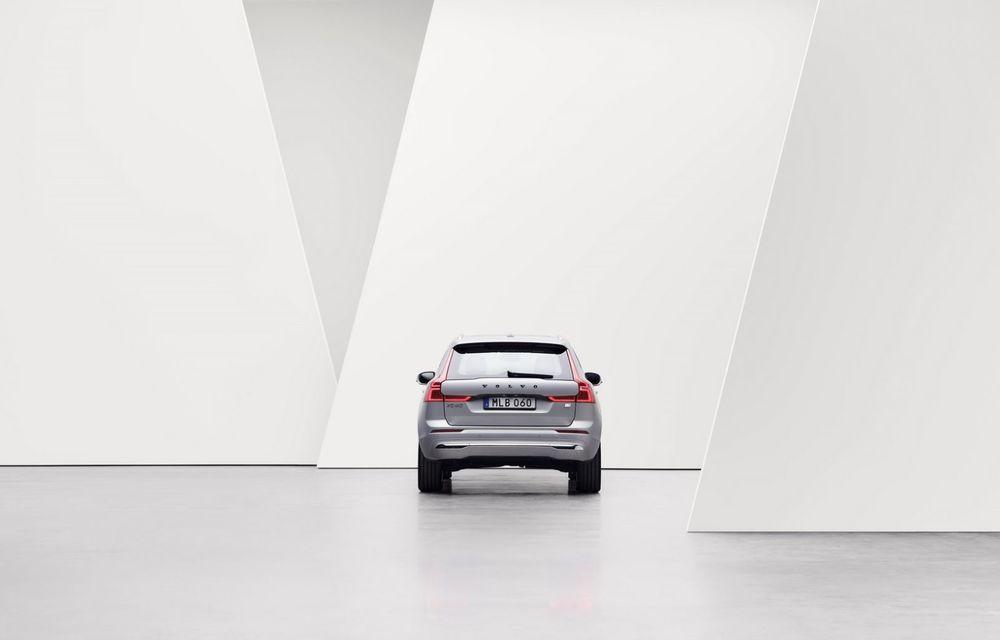 Volvo XC60 facelift: design ușor revizuit și sistem de operare Android - Poza 9